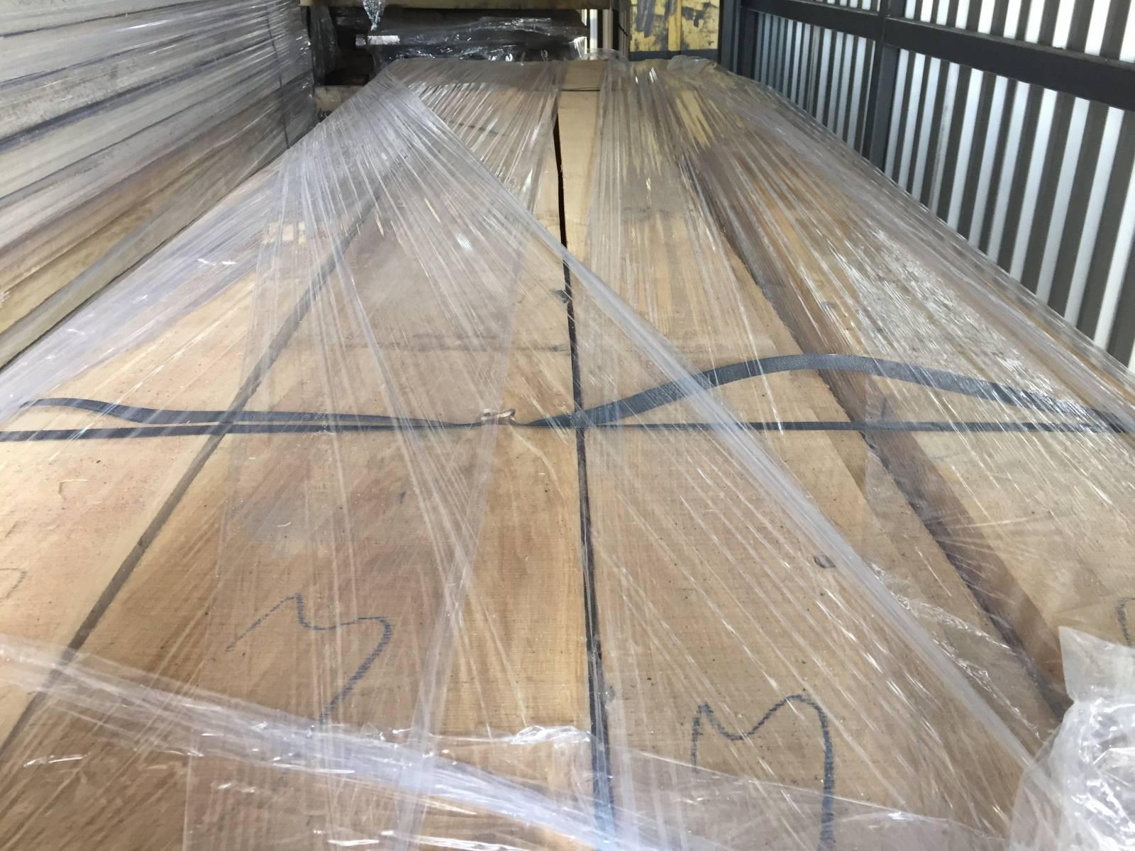 Купить деревянную лестницу в Минске - продажа
